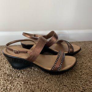 Athena Alexander sandals size 10